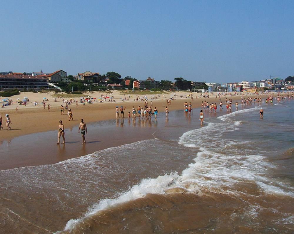 La Concha Beach - Suances_57