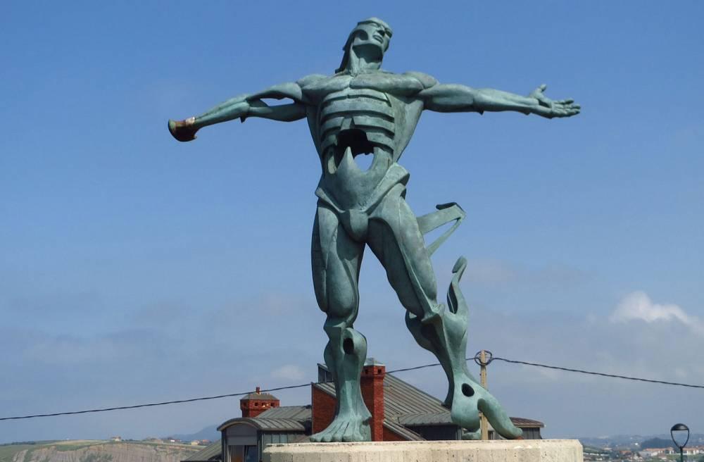Estatua de los vientos en Suances_23